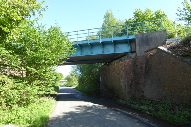Railway bridge over Gowdall Road