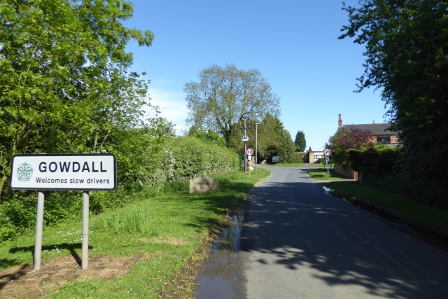 Entering Gowdall