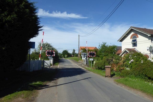 Level crossing in Gowdall