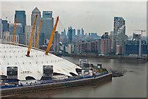 TQ3980 : O2 Arena and Canary Wharf by Julian Osley