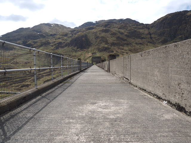 Right across the Lawers Dam