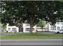 TL2432 : London Road, Baldock by David Howard