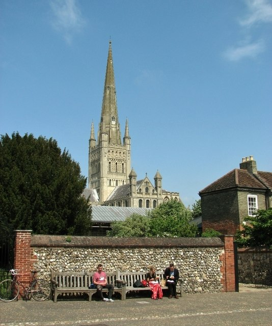 Taking a break in Cathedral Close