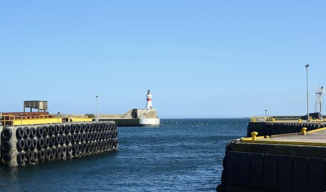 Fraserburgh harbour entrance and lighthouse