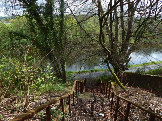 Steps to the River Leven footpath
