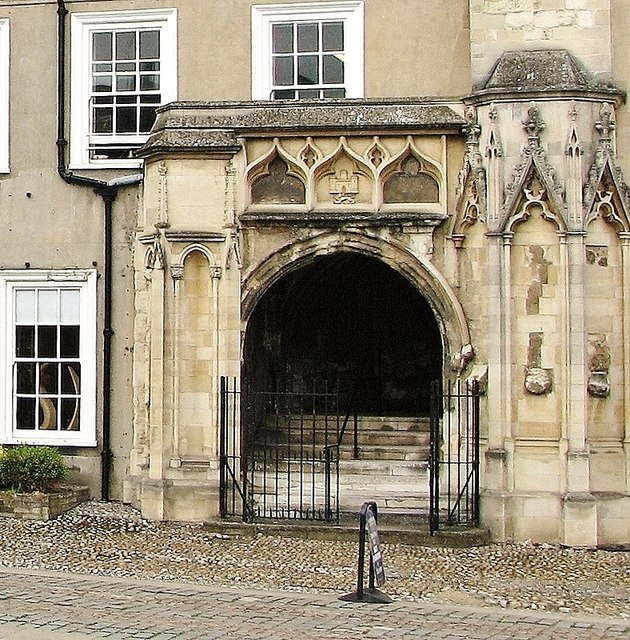 Carnary Chapel – the porch