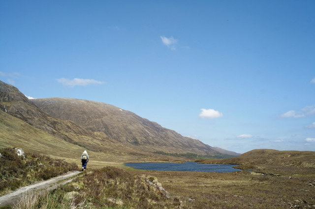 Approaching Loch Coulavie