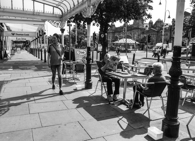 Pavement cafe, Lord Street, Southport