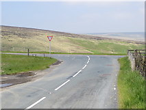 SE0210 : Mount Road joining Huddersfield Road (A62) near Gilberts by Peter Wood