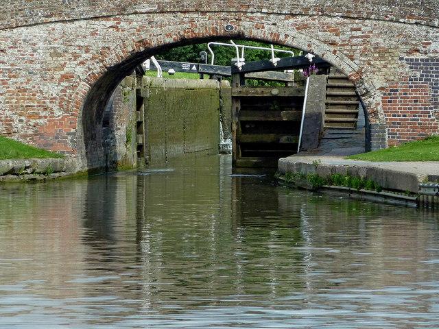 Bridge and Braunston Bottom Lock. Northamptonshire