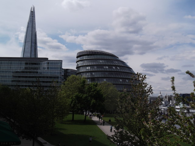 City Hall from the south side of Tower Bridge