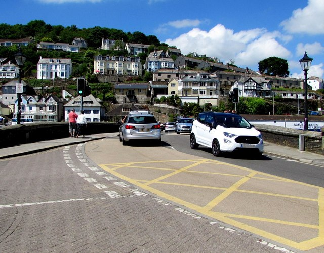 A387 from East Looe to West Looe