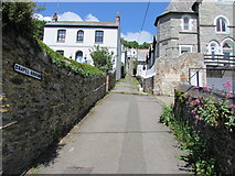 SX2553 : Chapel Ground, West Looe by Jaggery