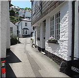 SX2553 : Downs View, West Looe by Jaggery