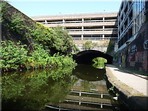 SO9198 : A boater's view of the Wolverhampton Tunnel by Christine Johnstone