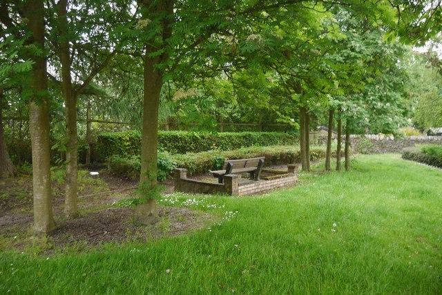 Public garden, Leslie