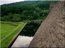 SK1789 : Dam and Overflow, Derwent Reservoir by David Dixon