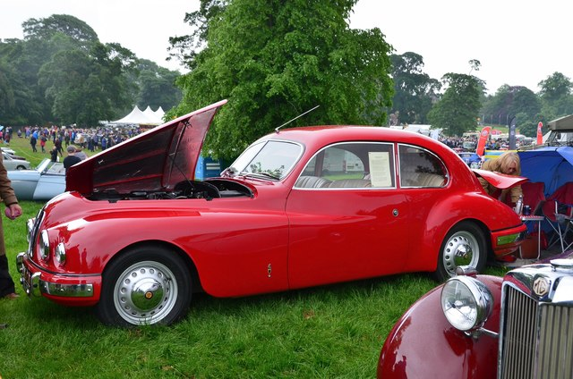 Bristol 401 at Thirlstane Castle car show