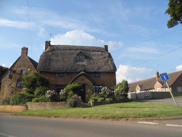 The Roebuck, Drayton
