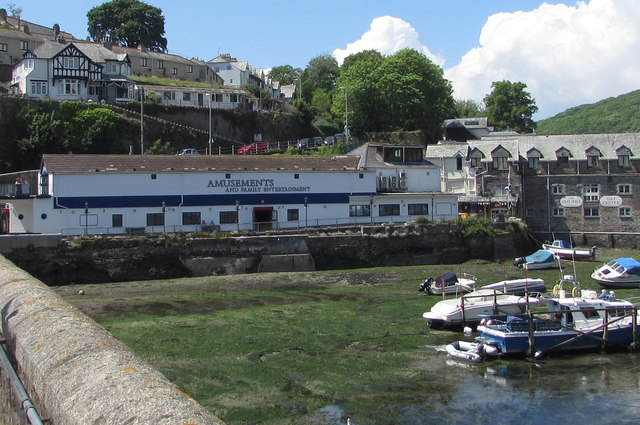 Riverside Amusements and Family Entertainment in West Looe