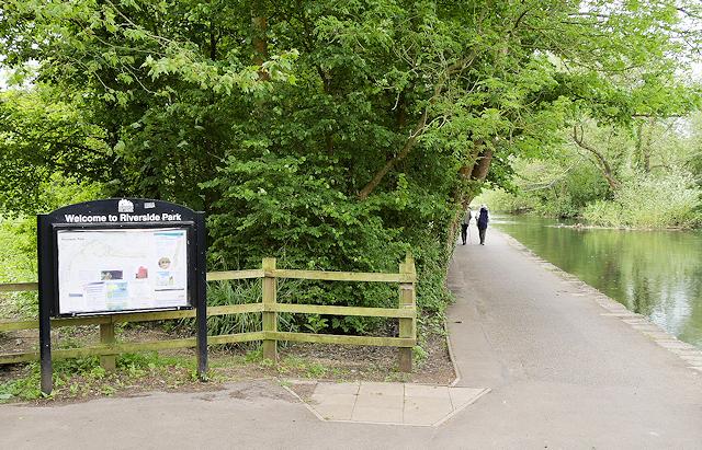 Riverside Park, Mansbridge