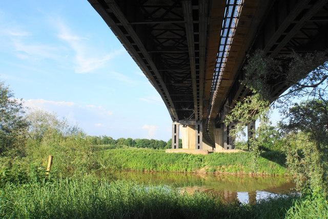 The River Severn under Queenhill Bridge