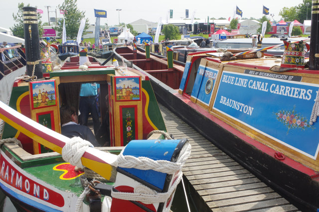 'Raymond' and 'Nutfield' at Crick Boat Show