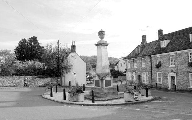War Memorial, Wotton Under Edge, Gloucestershire 2014