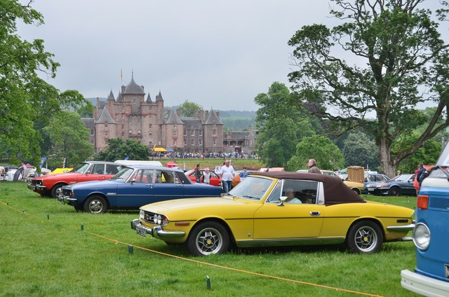 Classic cars at Thirlstane Castle