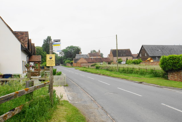 Bus stop at Tredington