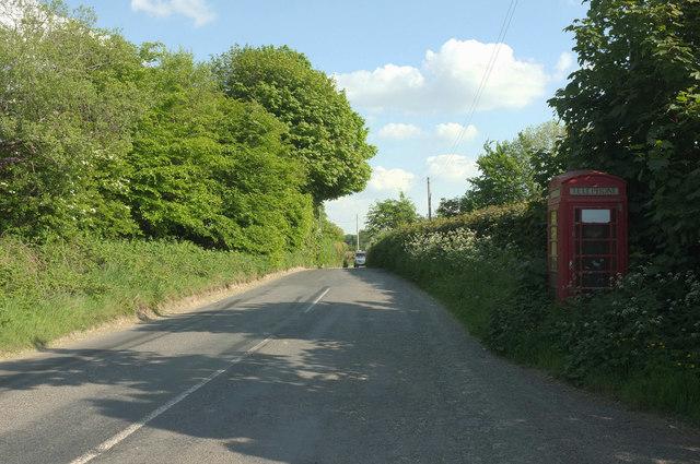 Road near Smokyhouse
