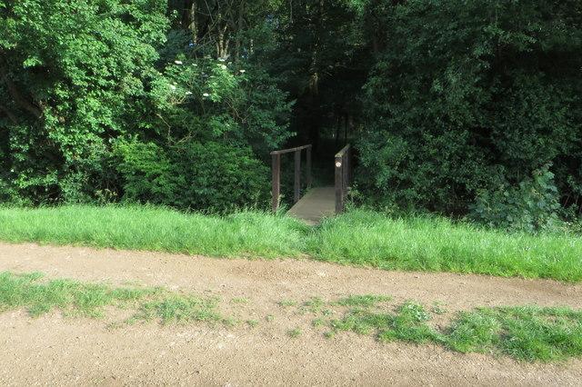 Footpath to Hardwick Heath