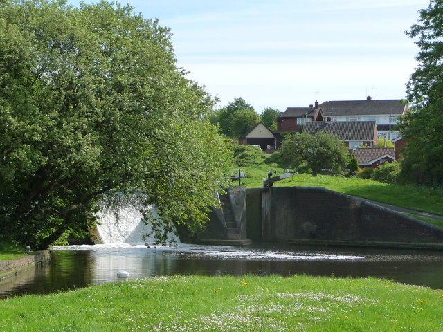 Lock 2 from Lock 1, Dudley Canal, Delph