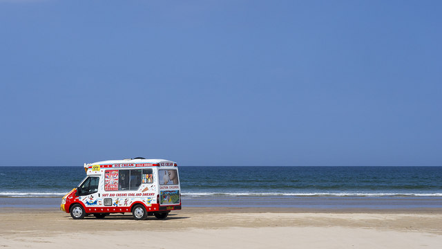 Ice Cream Van, Benone