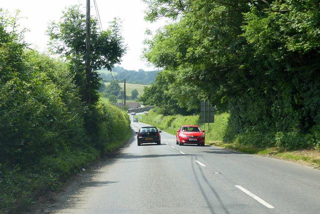 B3081 Dropping Lane