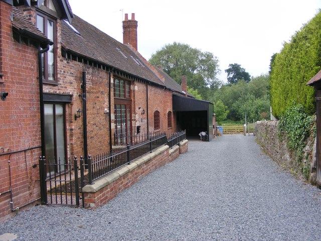 Manor Alley