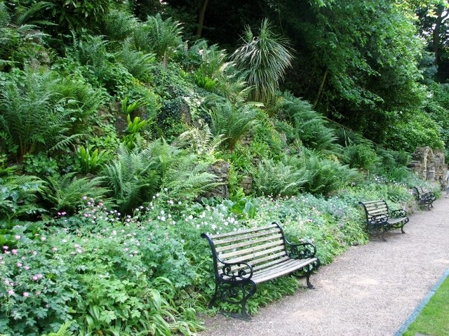 The Plantation Garden - seats beside the path