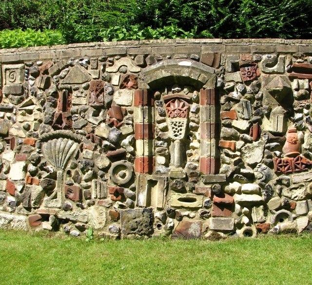 The Plantation Garden - Cosseyware