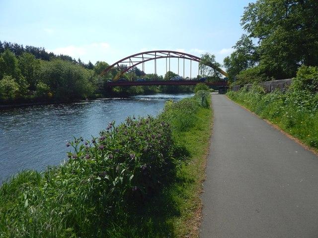 Riverside path near the Bonhill Bridge