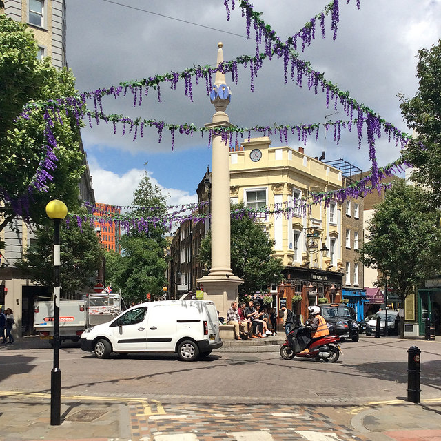 Seven Dials from Monmouth Street