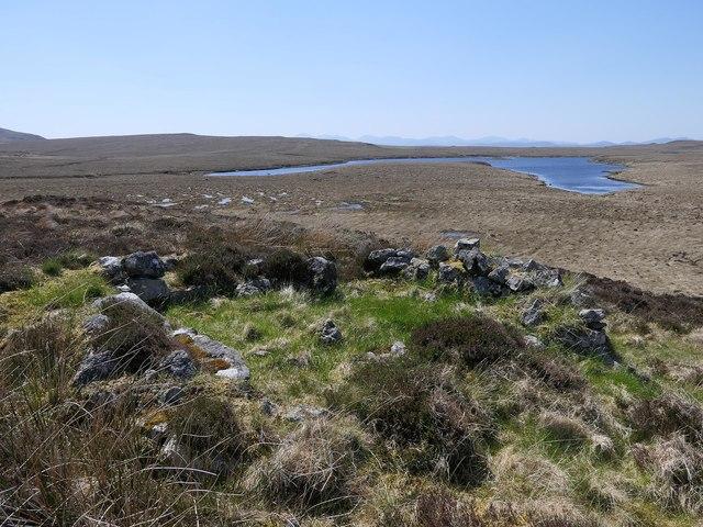 Shieling hut above Loch nan Cnàmh, Isle of Lewis