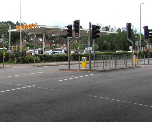 Priors Road pelican crossings, Cheltenham