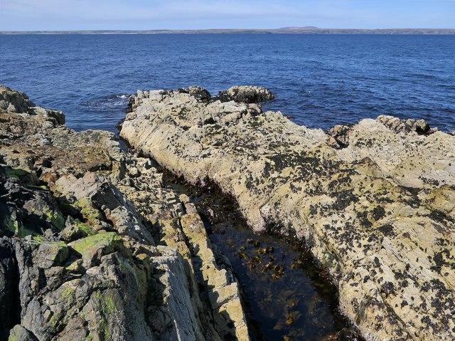 Coastline below Cnoc Beag, Isle of Lewis