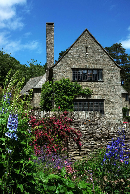 Coleton Fishacre from the Rill garden