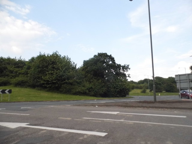 Roundabout on Rough Hill Drive, Redditch