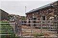 L5954 : Farmyard and barn, Leagaun by Mick Garratt