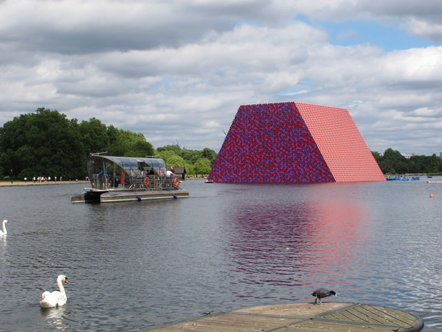 "The Serpentine with ""The Mastaba"" massive temporary sculpture"