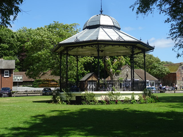Bandstand by the quay