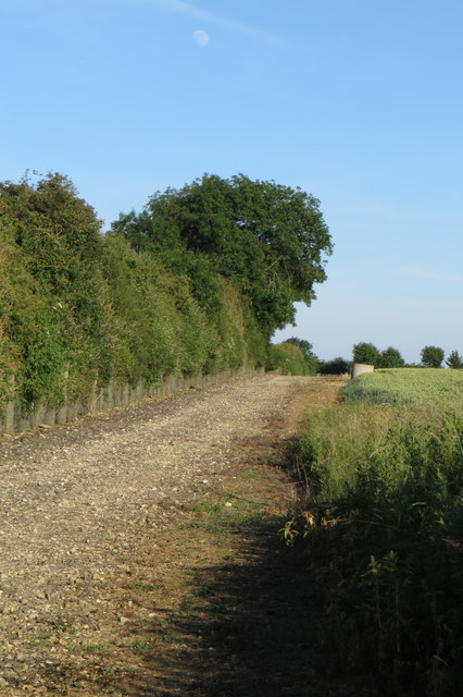 Footpath to Bucknell by the railway
