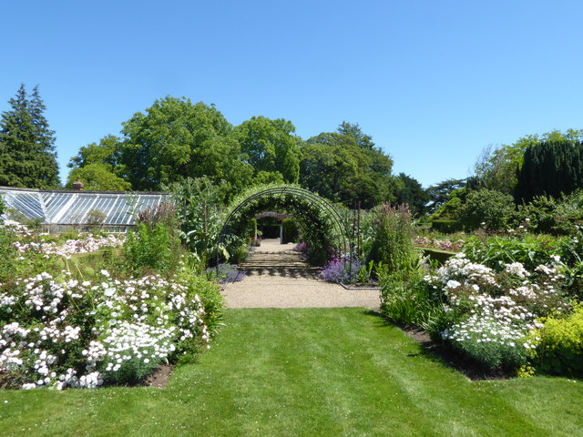 Looking towards the pergola at Belmont House